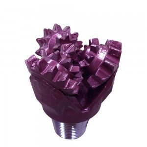 """5""""1/8 New MILL TOOTH TRICONE BIT Thread: 2""""7/8 API REG with open bearings Fluid Ciculation: Center Hole IADC : 211"""