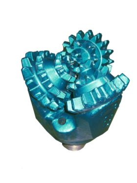 """6""""3/4 New MILL TOOTH TRICONE BIT Thread: 3""""1/2 API REG with open bearing Fluid Circulation: JET IADC code: 211"""
