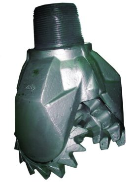 "Rerun MILL TOOTH TRICONE BIT Thread: 7""5/8 API REG with open bearing Fluid Circulation: Both JET and Center hole Indicated for soft formations"