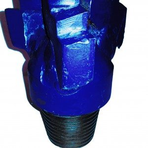 """5""""7/8 Step-type DRAG BIT Thread: 3""""1/2 API REG indicated for very soft formations"""