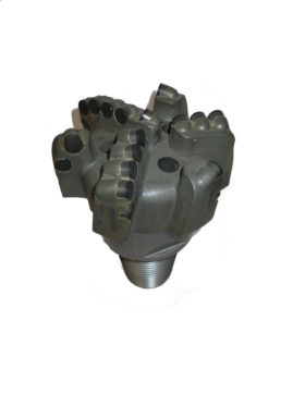 "5""5/8 PDC DRILL BIT with 6 blades"