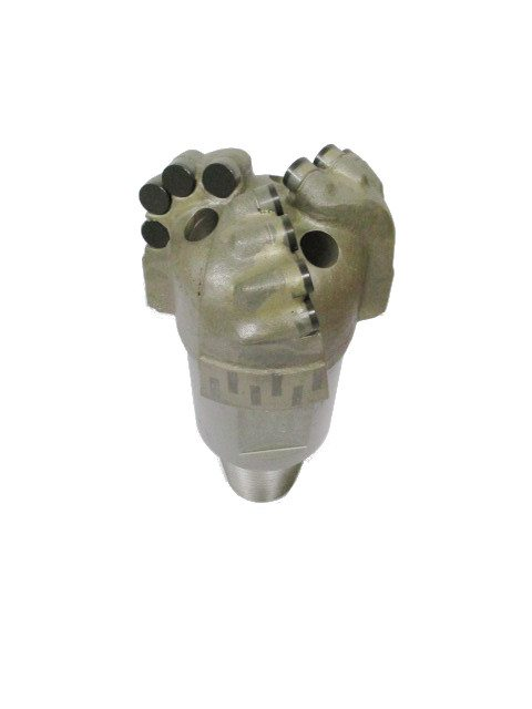 "4""1/2 PDC Drill Bit with 3 blades Thread : 3""3/8 API REG PIN Cutters Size : 13mm Number of cutters : 12"