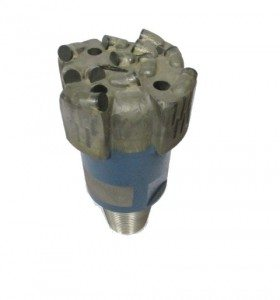 """4""""3/4 PDC Drill Bit with 4 blades Thread : 2""""7/8 API REG Cutters Size : 13mm Number of cutters : 12"""