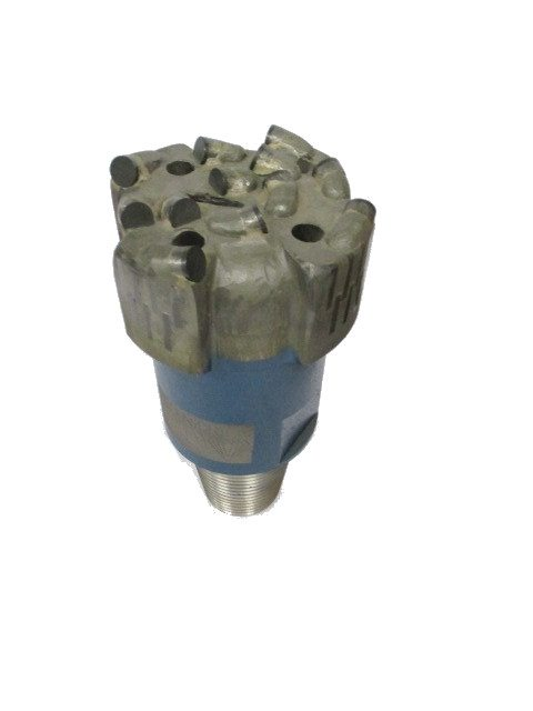 "4""3/4 PDC Drill Bit with 4 blades Thread : 2""7/8 API REG Cutters Size : 13mm Number of cutters : 12"