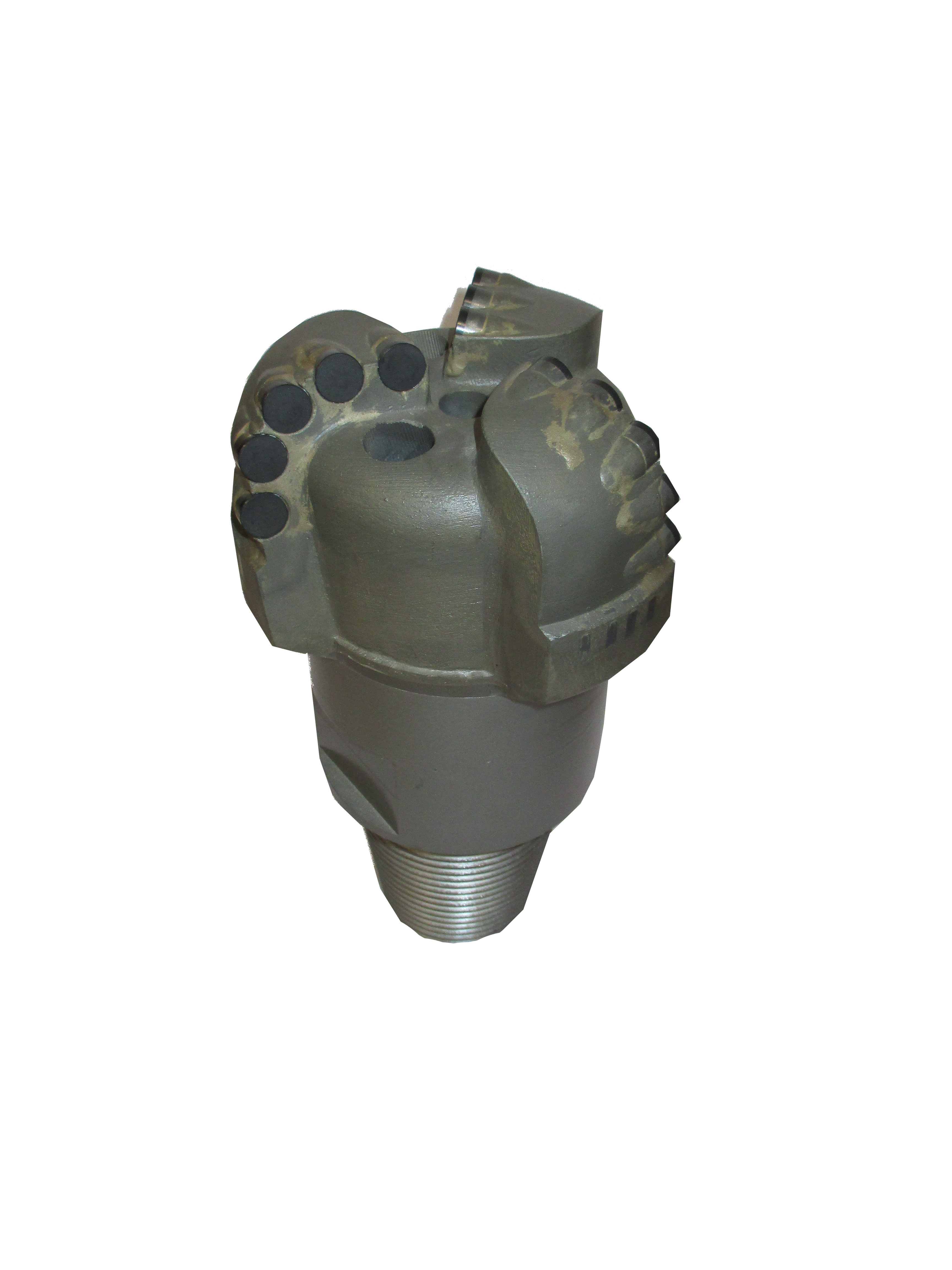 "5″5/8 PDC DRILL with 3 Blades Thread : 3""1/2 API REG Number of cutters : 16 Cutters size : 13mm"